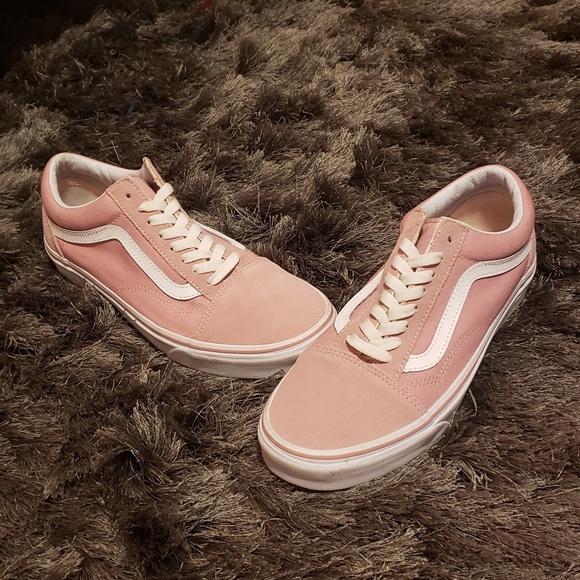 3266fc5697 Vans pink old skool sneakers. M 5cb68890bb22e3ed142651ae